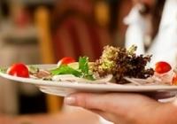 FM un Latvijas Viesnīcu un restorānu asociācija paraksta vienošanos